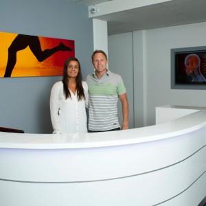 Chiropraktiker Stephan Rainer und Assistentin Irina Rainer